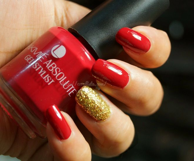Bridal Nail Art Idea – Glossy Red with Gold Accent