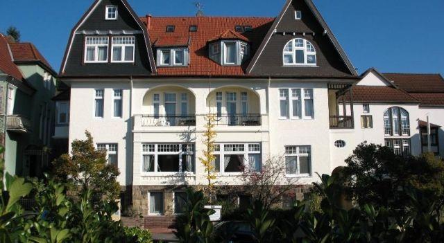 Kurvilla Fürstin Pauline - #Guesthouses - $56 - #Hotels #Germany #BadSalzuflen http://www.justigo.net/hotels/germany/bad-salzuflen/kurvilla-fuerstin-pauline_217431.html