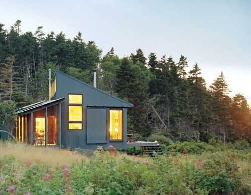 self-sustaining house in northern maine