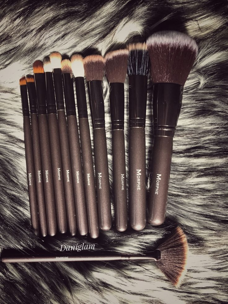Morphe 503 12 Piece Beautiful and Bronze Brush Set  review and photos . Click the photo to view the blog post . #makeup #makeupbrushes #beauty # beautyblog #morphe
