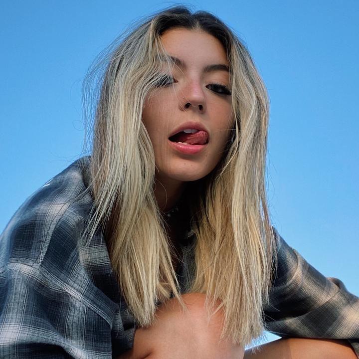 Sab Sabquesada Tiktok Really Pretty Girl Beauty Skin Care Routine Ideas For Instagram Photos