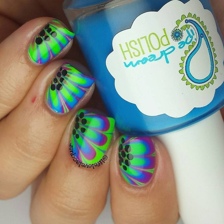 """Amazing watermarble nails by @lifelovelacquer using Pure Color 7 watermarble tool from whatsupnails.com @whatsupnails"