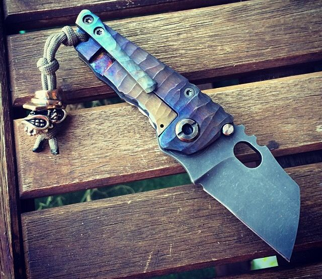 Pin By Dylan Huan On Gadgets Cool Knives Survival Guns