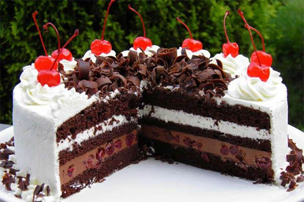 Вишневый торт Шварцвальдский черный лес