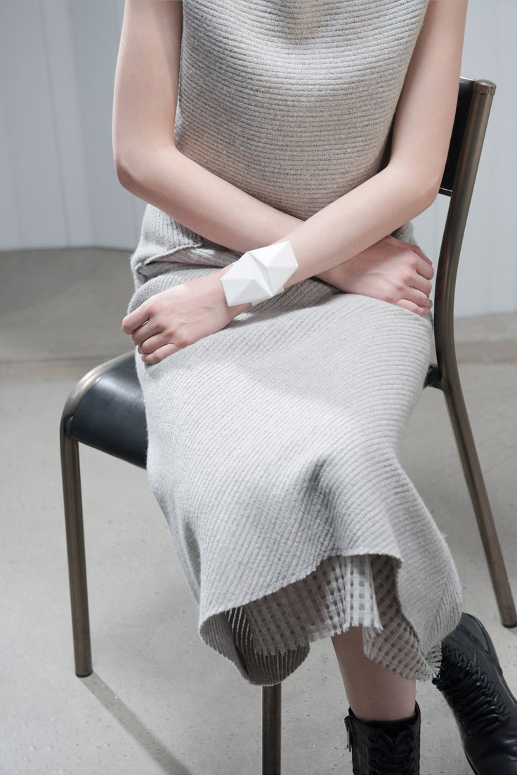 The layering in this garment is a great example of the interesting textural contrast which knit can achieve. The subdued colour and modern knit is a excellent example of knit in a minimal context.  Damir Doma prefall 2015 Credit: style.com