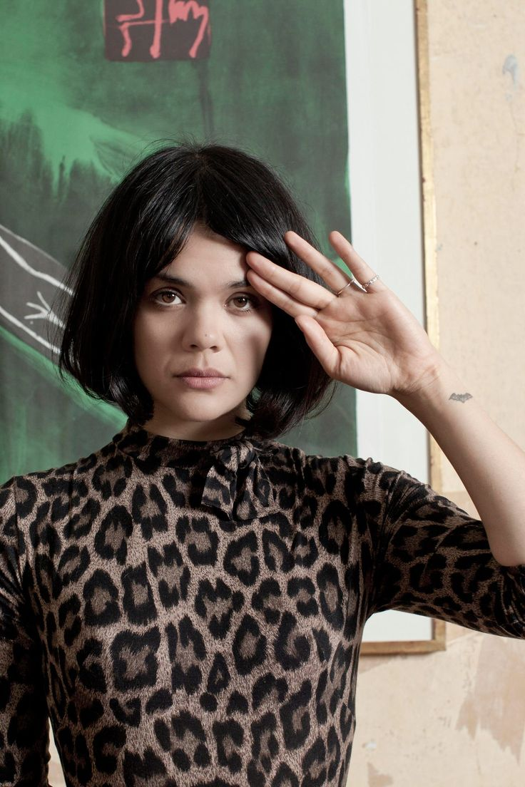 Natasha Khan  of 'Bat For Lashes'.   Another natural beauty.