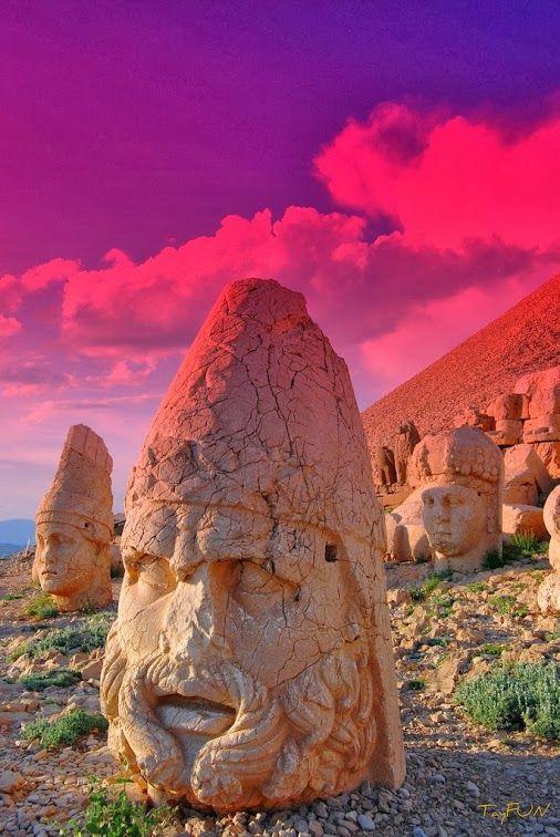 Ruins on Mount Nemrut, Turkey
