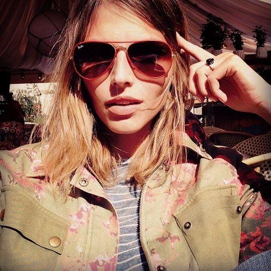Le selfie de Karlina Caune Instagram http://www.vogue.fr/mode/mannequins/diaporama/la-semaine-des-tops-sur-instagram-40/20037/image/1043392#!le-selfie-de-karlina-caune-instagram