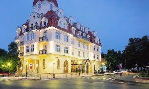 Oferta: Sopot: 2-6 dni dla 2 osób ze śniadaniami, powitalną kolacją, sauną i fitness od 299 zł w Hotelu Rezydent 5*, w Sopot. Cena: 299zł