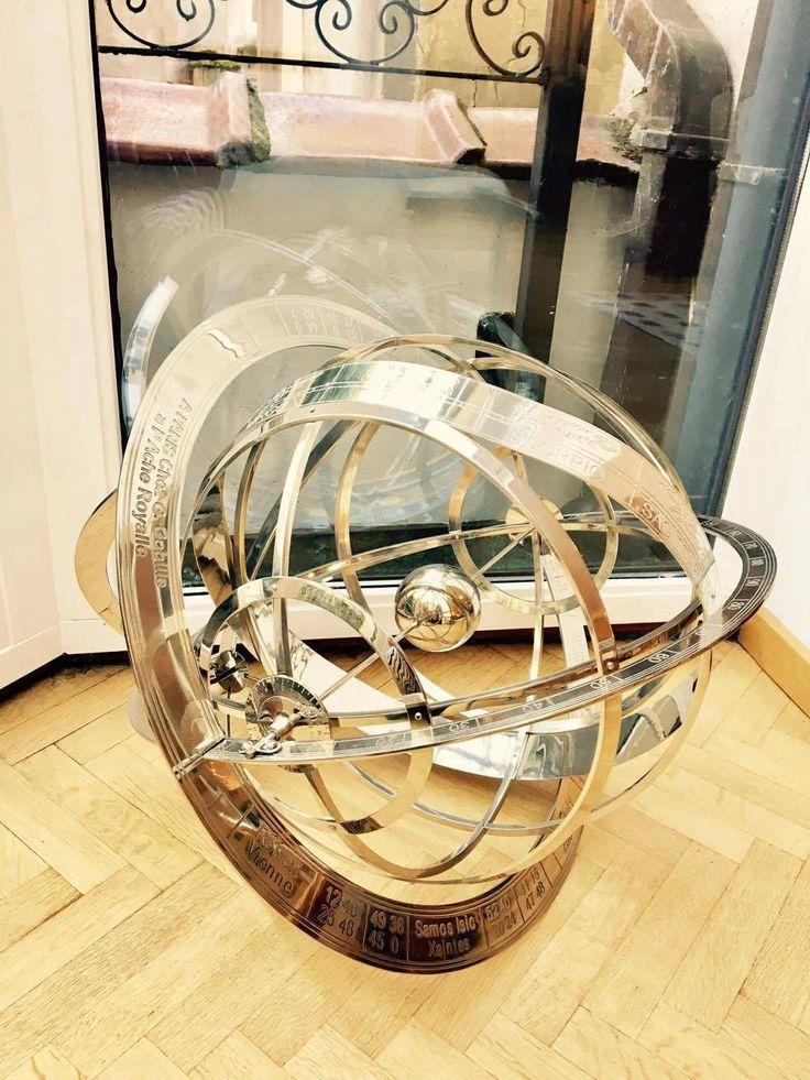 Grande sphère armillaire - laiton chromé Seconde moitié du XXe siècle de la boutique VintagechicBruxelles sur Etsy