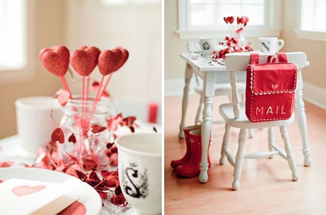 Table for Two: 12 Romantic Table Settings via Brit + Co. Kid's Table: The red mail bag? Too flippin' cute!
