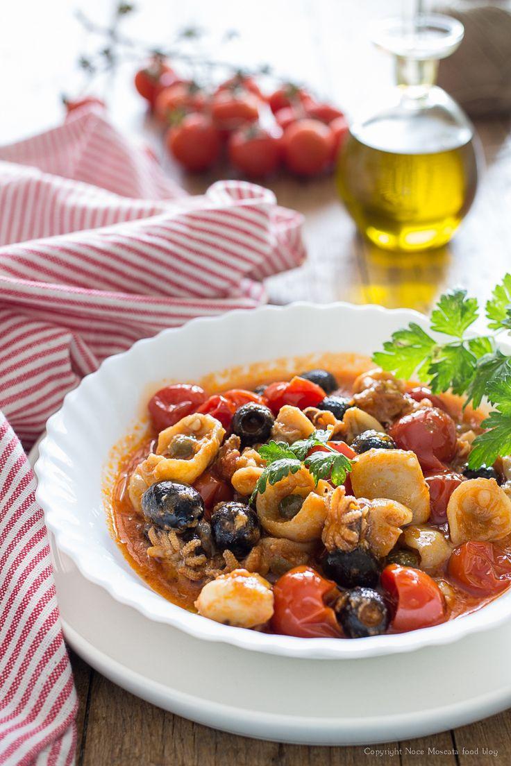 Seppioline al sugo di pomodorini e olive food photography Tomato cuttlefish