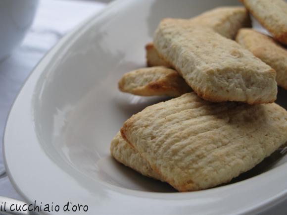 I veri biscotti da latte (con prova inzuppo)