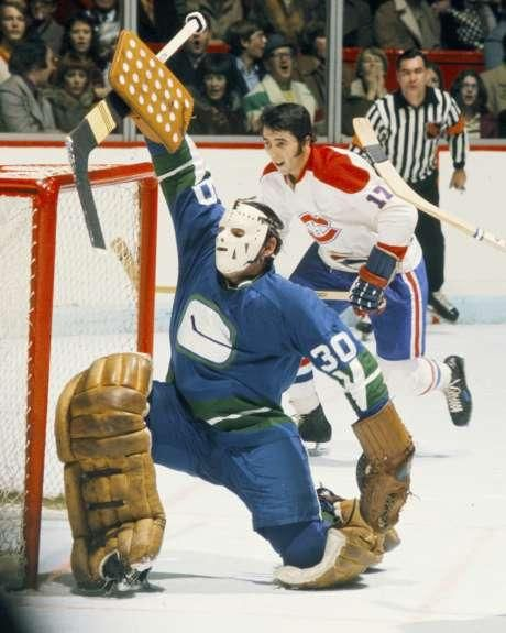 George Gardner of the Vancouver Canucks; Phil Roberto, Montreal Canadiens.