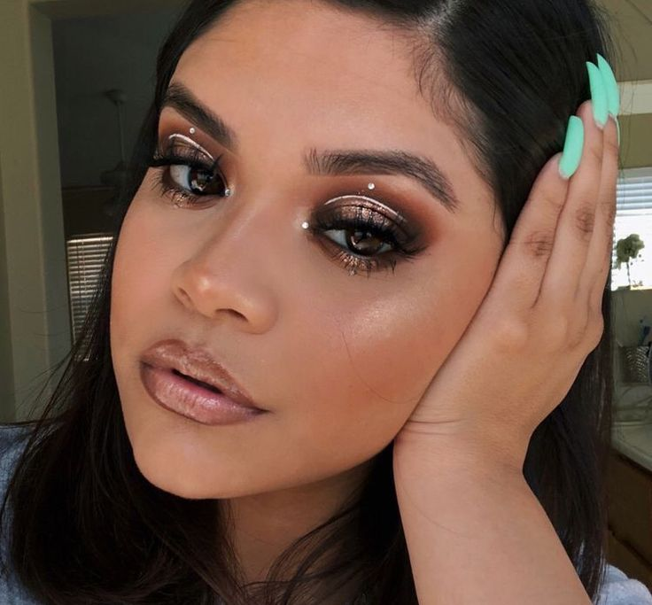 Pin On Stunning Makeup: Pin By Tea Elvis On Makeup (With Images)