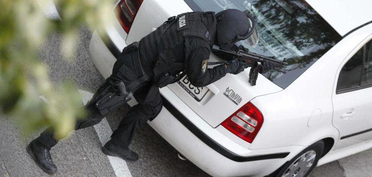 G.E.O. (Grupo Especial de Operaciones.) Perteneciente al Cuerpo Nacional de Policía. España
