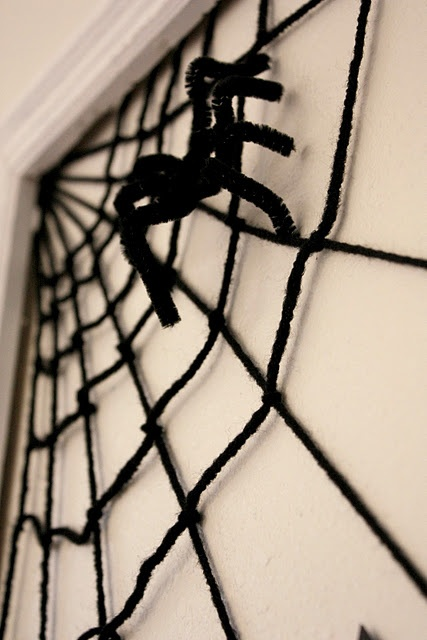 yarn and pipe cleaners spider web - Spider Decorations