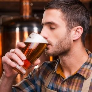 Alcoholics may lack enzyme that controls impulse to drink