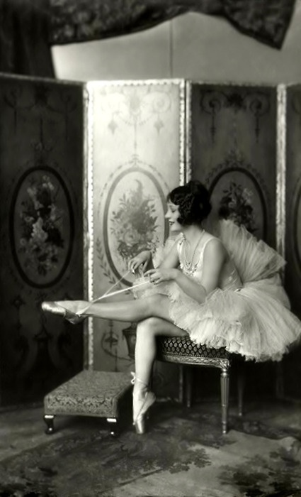 Helene Costello, Ziegfeld Girl