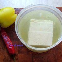 Własnej produkcji ser solankowy typu feta