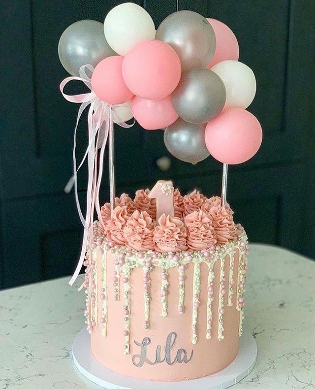 Wie schön und inspirierend ist diese Buttercremetorte von Fran Jackson.n …. -…   – Yummy Kuchen!!