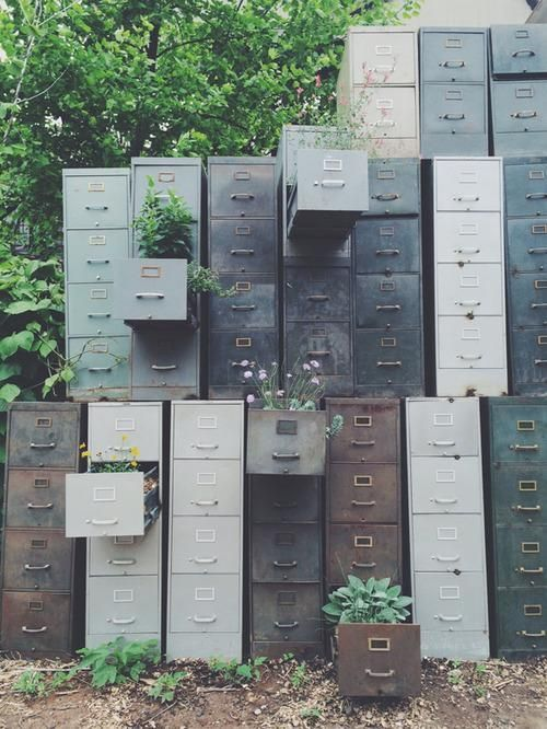 Treasure-Filled Container Gardens – Landscape