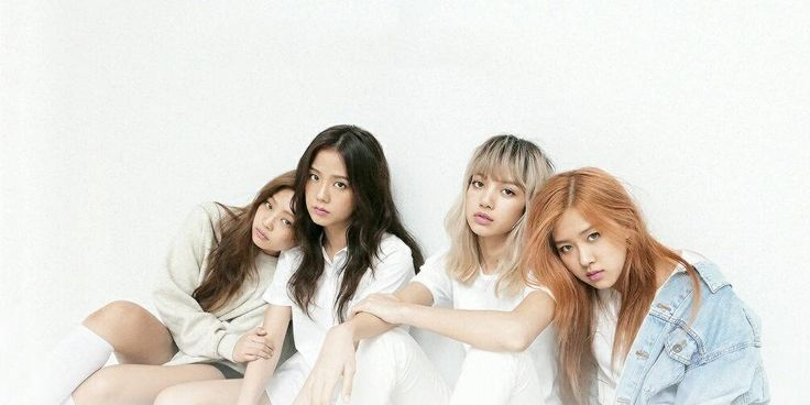 Black Pink hits the 50 million view mark on 'Playing With Fire' --- http://www.allkpop.com/article/2016/12/black-pink-hits-the-50-million-view-mark-on-playing-with-fire