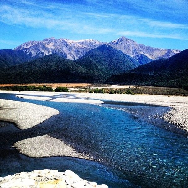 Wanderlust hungry? feast your eyes on this Stunning scenery, South island New Zealand - Taken from aboard the TranzAlpine train journey