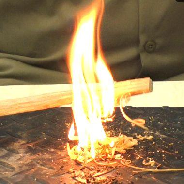 ブッシュクラフト.jp ティンダーウッド - ブッシュクラフト.jp キャンプ用品 火おこし たき火 -