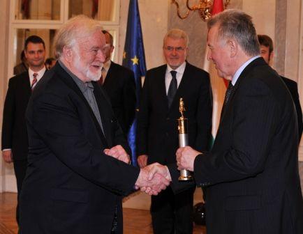 Mihaly Csikszentmihalyi receives the Szechenyi Prize