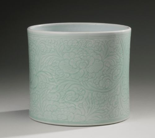 AN INCISEDCELADON-GLAZED BRUSHPOT (BITONG)<br>QING DYNASTY, KANGXI PERIOD | Lot | Sotheby's