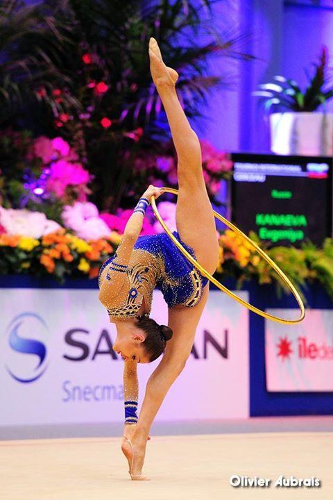 Evgenia Kanaeva (Russia) / World Cup 2012 in Corbeil-Essonnes, France