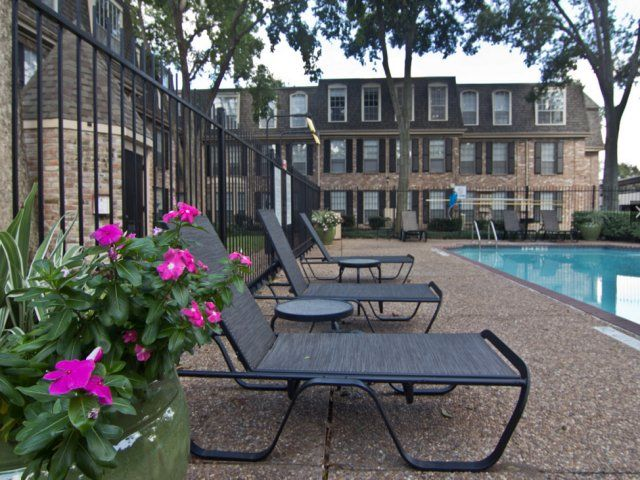 Pitbull Friendly Apartments Houston Tx