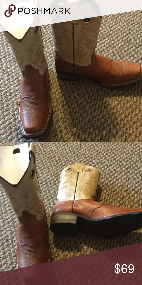 Montero men's boots Brand new beautiful pair boots. Size Mexican 28 1/2 montero Shoes Boots