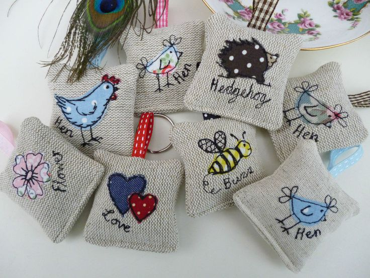 Handmade Lavender Keyring many designs Cath Kidston fabric hen flower bee keyfob