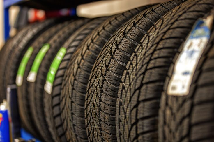5 Best Car Tire Brands - Before buying a new set of wheels, it's a good idea to know what the best car tire brand is. Luckily we have the answer. | carspoon.com