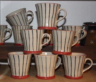 Stengods.. kaffekopp med ränder