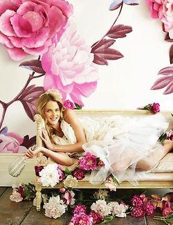 gorgeous floral wallpaperPink Flower, Floral Wallpapers, Flower Fashion, Wall Flower, Flower Power, Elizabeth Arden, Elizabetharden, Pretty, Floral Fashion