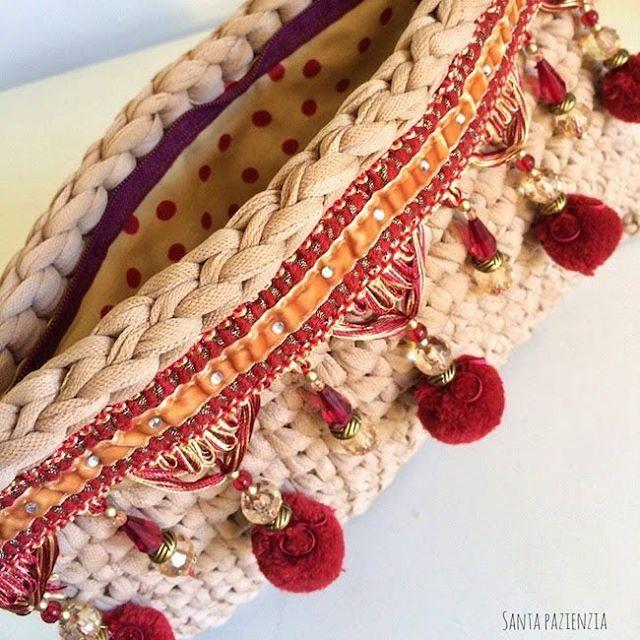 M s de 1000 ideas sobre tejer con los dedos en pinterest - Tejer con trapillo ...