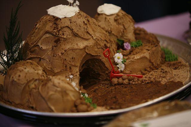Caveman Cake Decorations