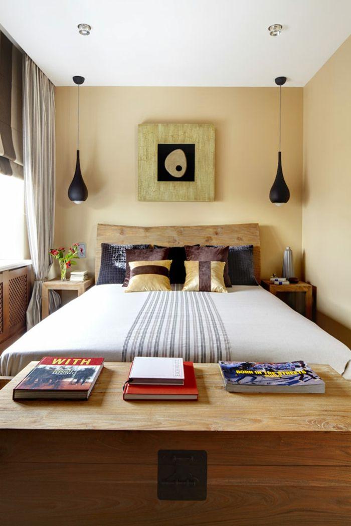 Kleines Schlafzimmer Einrichten Doppelbett Naturholz Kopfteil Organische  Formen Pendelleuchten