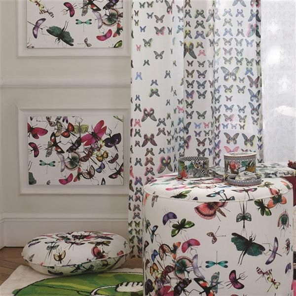 Christian Lacroix Mariposa Or (PCL666-05). Roomset shown in same or different colourway.