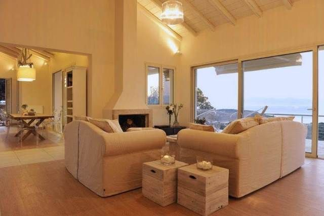 For Sale Villa, Kassiopi, Avlaki, 284 sq.m., 2 Levels, 5 Bedrooms, 5 Bathrooms, 1 WC, 1 Κitchen/s,  1 Fireplace, Floors: Tiles, Dours: Aluminum, 1 parking, ...