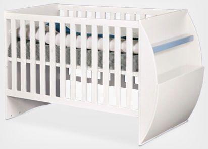 Łóżeczko niemowlęce EKO BABY      Nowoczesne łóżko dla niemowlaka. Wykonane z połączenia drewna oraz płyty MDF, pokrytych lakierami wodnymi w pełni bezpiecznymi dla dziecka. Pod materac 120x60cm.