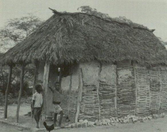 Yoruba shotgun house architecture noir pinterest for Yoruba architecture