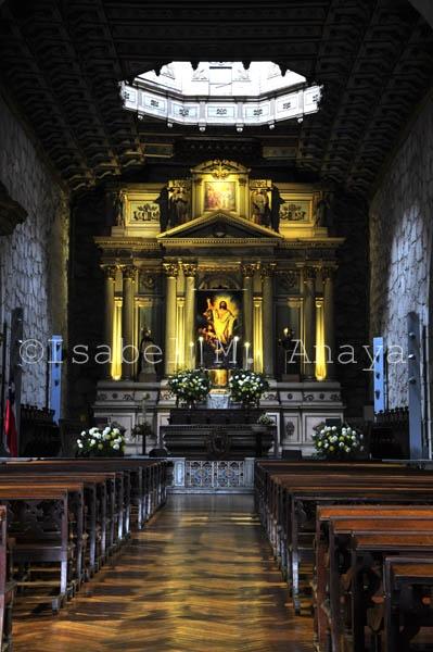 Interior Iglesia San Francisco  Naturastock.com