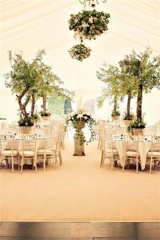 Wonderful Woodland Wedding (BridesMagazine.co.uk)
