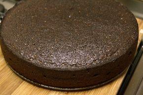 Torta de chocolate Ingredientes: 4 barritas de chocolate. 4 cucharadas de leche. 100 g de manteca. 150 g de azúcar. 200 g de harina premezcla sin tacc. 3 huevos. 3 cucharaditas de polvo leudante. ...