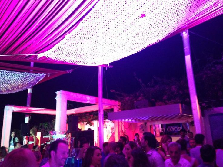 Island Club Restaurant and Tapas Bar - One of the best clubs in #Athens