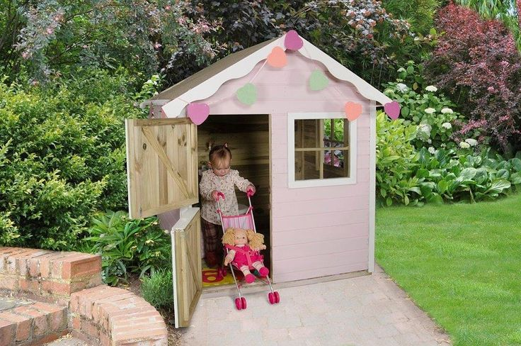 A charming and beautifully finished outdoor playhouse. Offers a comfortable and cosy setting to inspire and entertain little imaginations. High quality playhouse with plenty of features and room for friends and siblings to play.